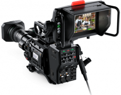 Blackmagic Design URSA Broadcast(B4マウント)スタジオセット