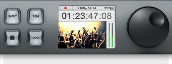 LCDディスプレイ 内蔵モニターでフルカラーモニタリング